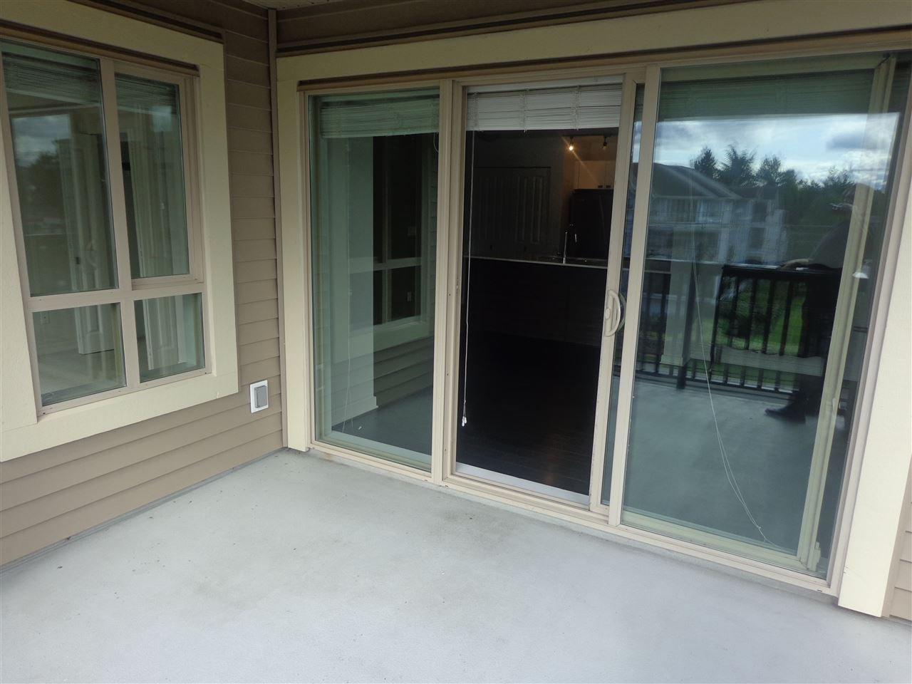 "Photo 15: Photos: 321 21009 56 Avenue in Langley: Salmon River Condo for sale in ""CORNERSTONE"" : MLS®# R2409598"