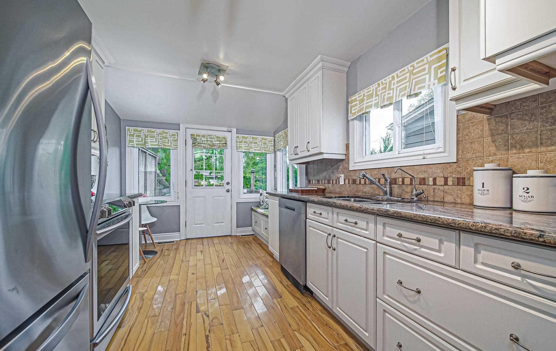 Photo 5: Photos: 84 Rushbrooke Avenue in Toronto: South Riverdale House (2-Storey) for sale (Toronto E01)  : MLS®# E4600791