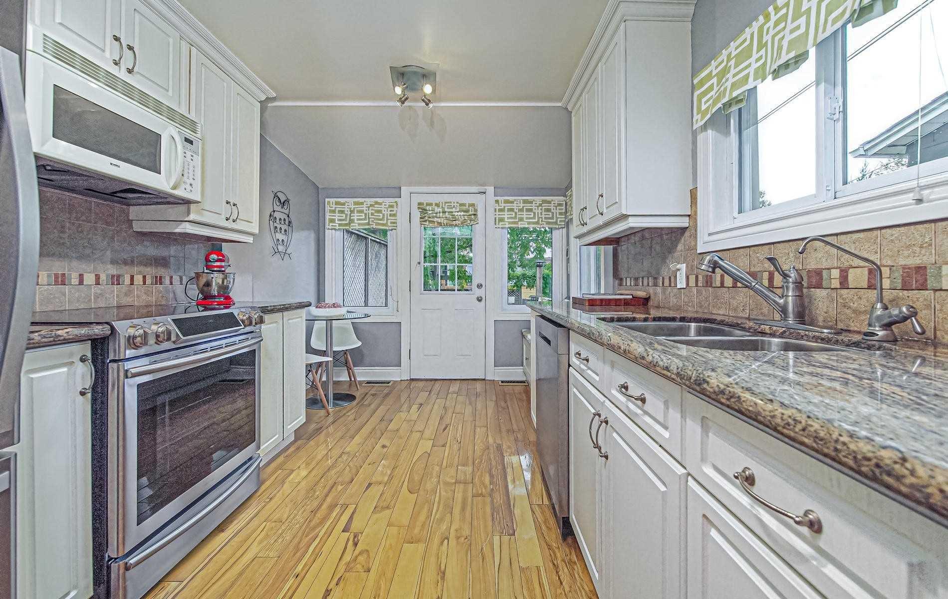 Photo 6: Photos: 84 Rushbrooke Avenue in Toronto: South Riverdale House (2-Storey) for sale (Toronto E01)  : MLS®# E4600791