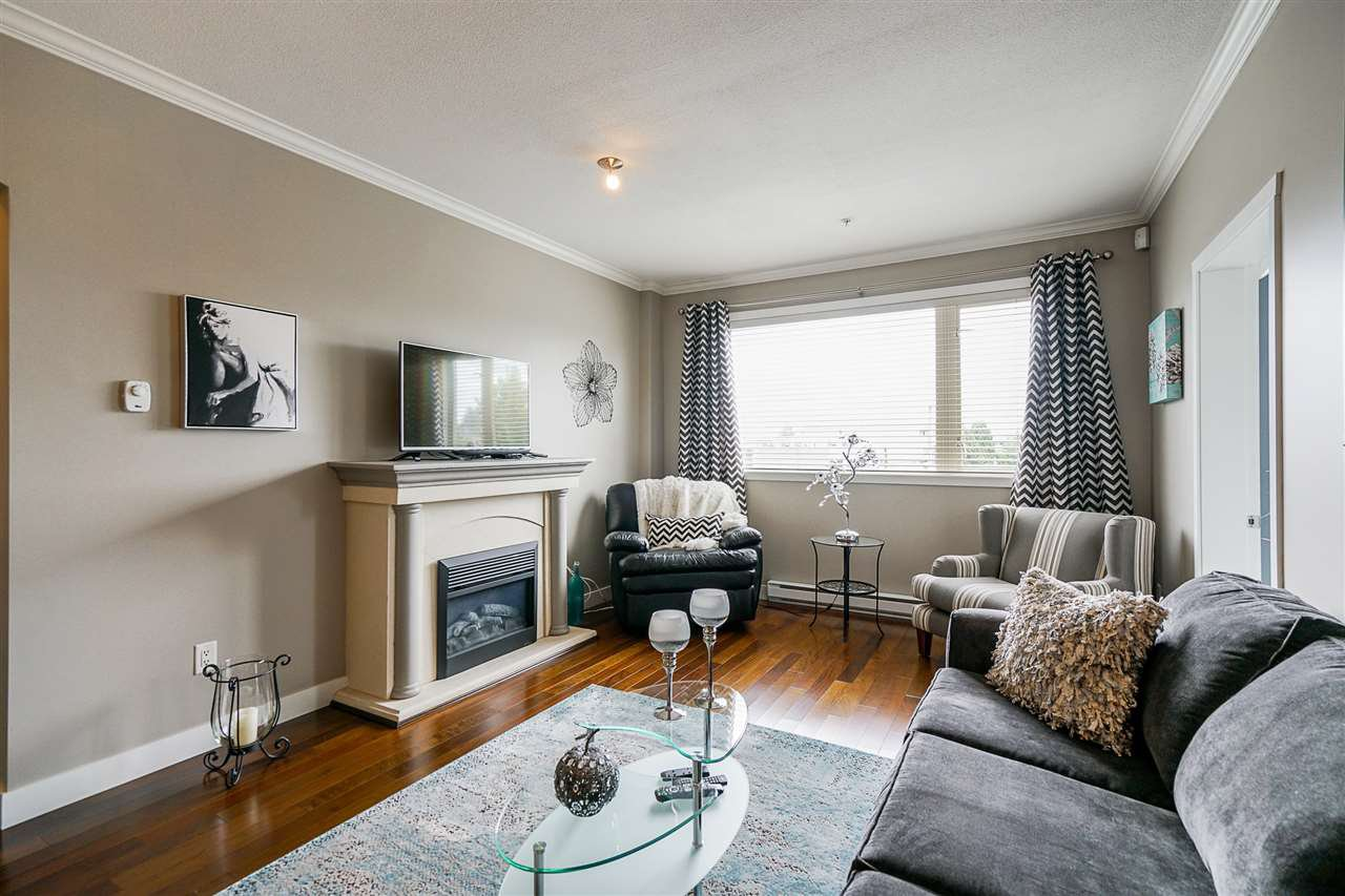"Photo 11: Photos: 207 2627 SHAUGHNESSY Street in Port Coquitlam: Central Pt Coquitlam Condo for sale in ""VILLAGIO"" : MLS®# R2456355"
