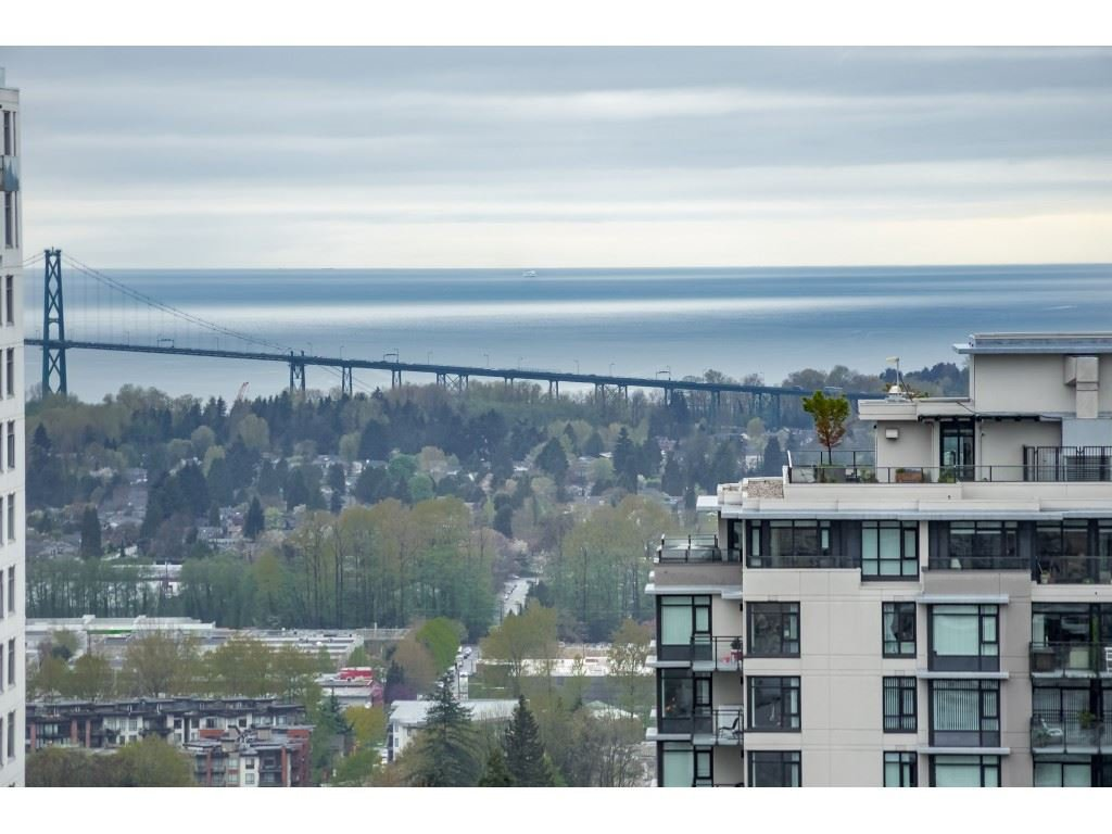 """Main Photo: 1304 125 E 14TH Street in North Vancouver: Central Lonsdale Condo for sale in """"Centreview Tower B"""" : MLS®# R2457640"""