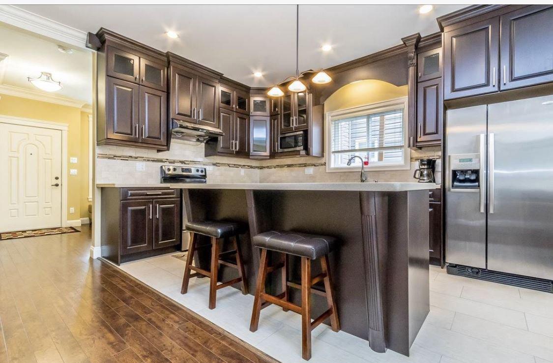 Photo 3: Photos: 12861 59 Avenue in Surrey: Panorama Ridge House for sale : MLS®# R2459669