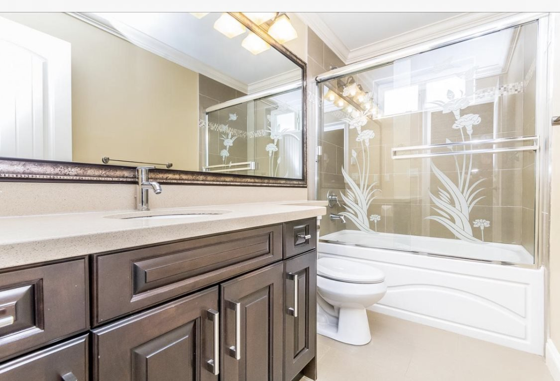 Photo 6: Photos: 12861 59 Avenue in Surrey: Panorama Ridge House for sale : MLS®# R2459669
