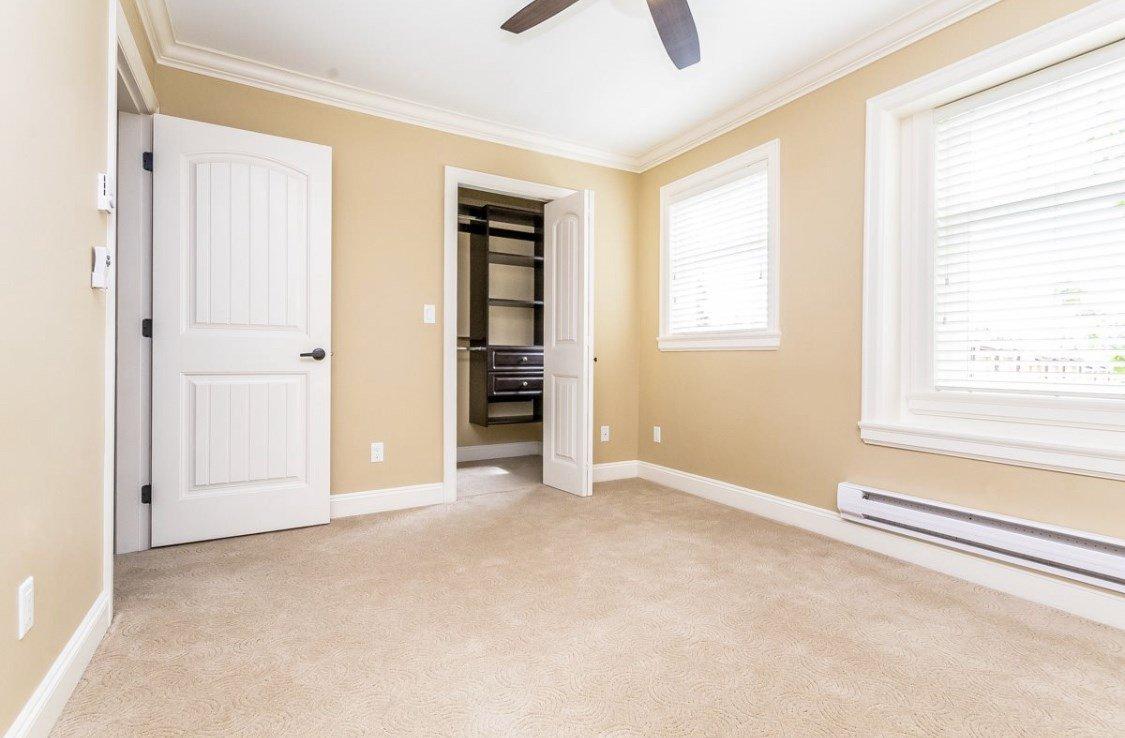 Photo 7: Photos: 12861 59 Avenue in Surrey: Panorama Ridge House for sale : MLS®# R2459669