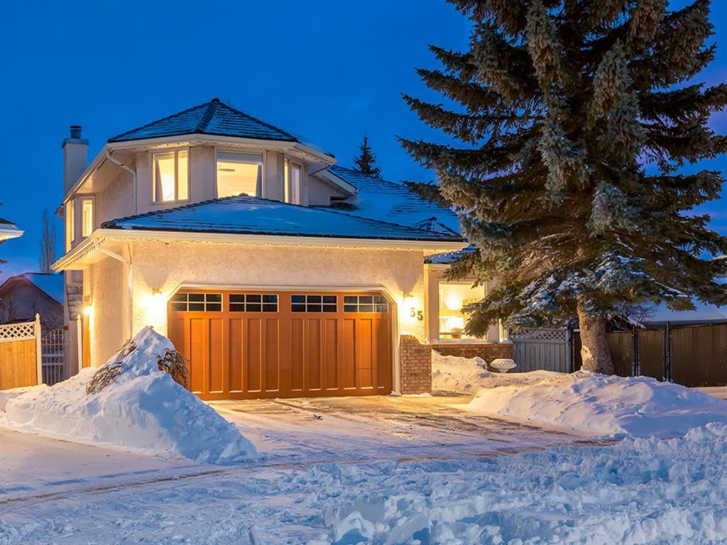 Main Photo: 55 SILVERSTONE Road NW in Calgary: Silver Springs Detached for sale : MLS®# A1058654