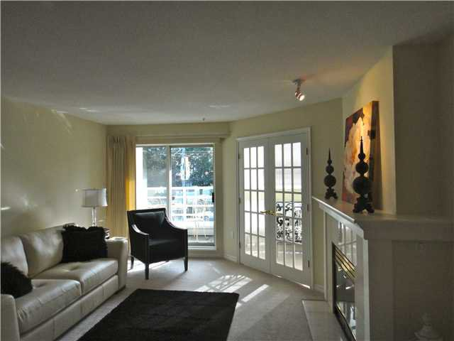 "Main Photo: 212 2105 W 42ND Avenue in Vancouver: Kerrisdale Condo for sale in ""BROWNSTONE"" (Vancouver West)  : MLS®# V971377"