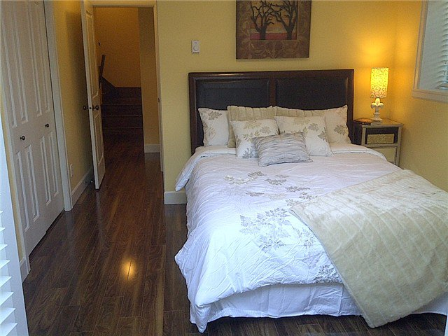 """Photo 5: Photos: 69 69 N GARDEN Drive in Vancouver: Hastings Townhouse for sale in """"THE WATERS"""" (Vancouver East)  : MLS®# V978916"""