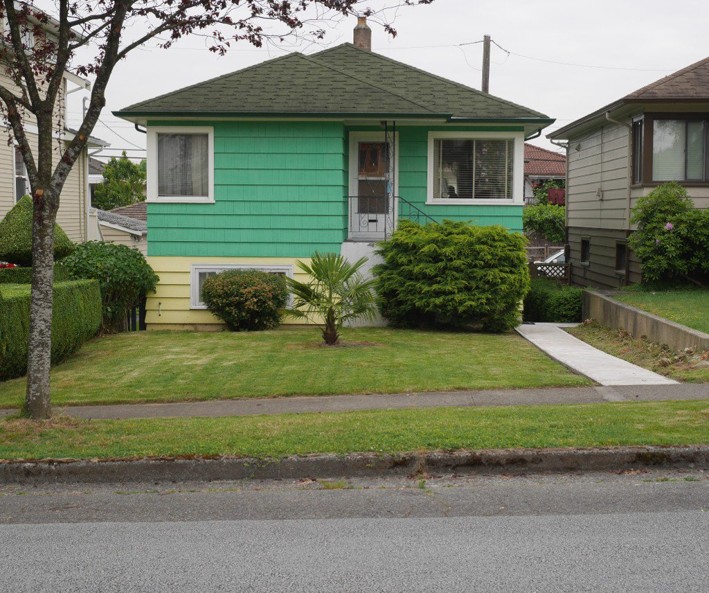 Main Photo: 4870 Ross Street in Vancouver: Knight House for sale (Vancouver East)  : MLS®# V1125535