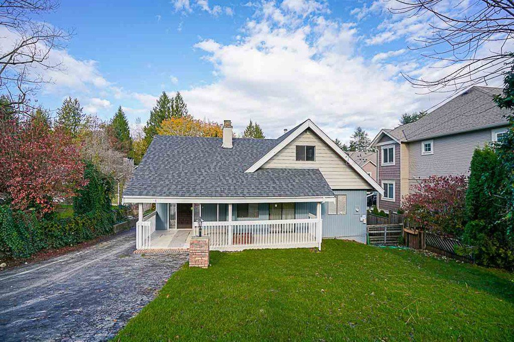 Main Photo: 33303 George Ferguson Way in Abbotsford: House for rent