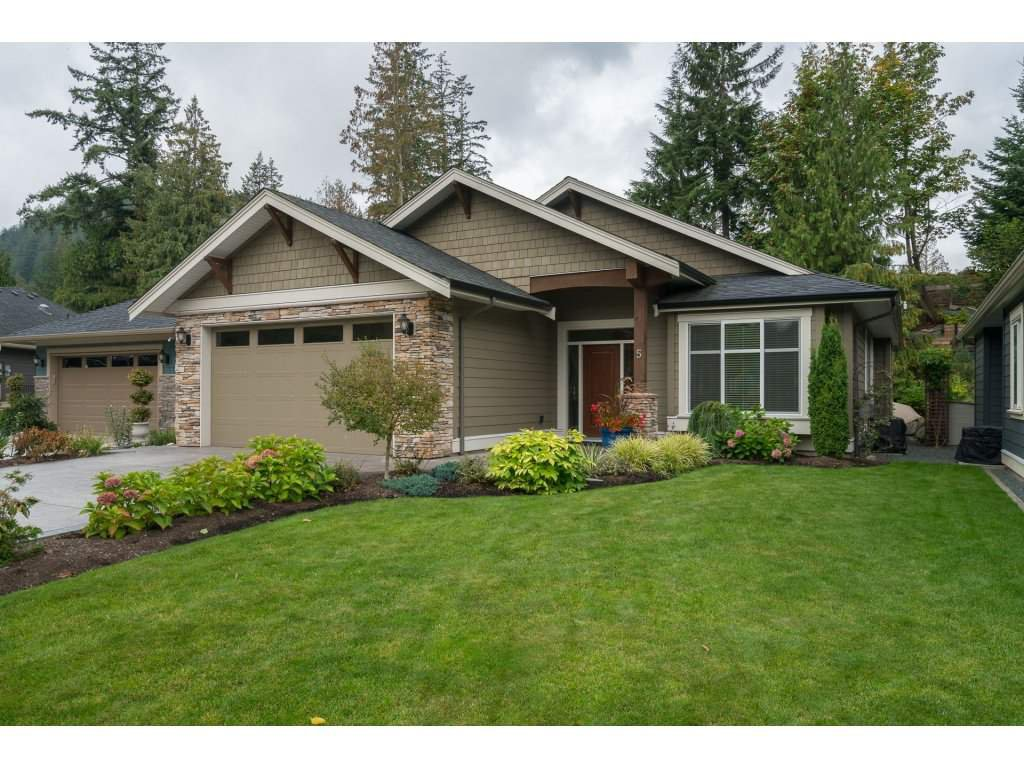 Main Photo: 5 45348 Magdalena Place in Culus Lake: House for sale : MLS®# R2308831