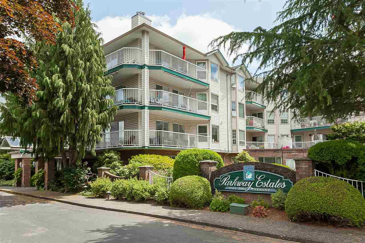 """Main Photo: 309 5360 205 Street in Langley: Langley City Condo for sale in """"PARKWAY ESTATES"""" : MLS®# R2390705"""