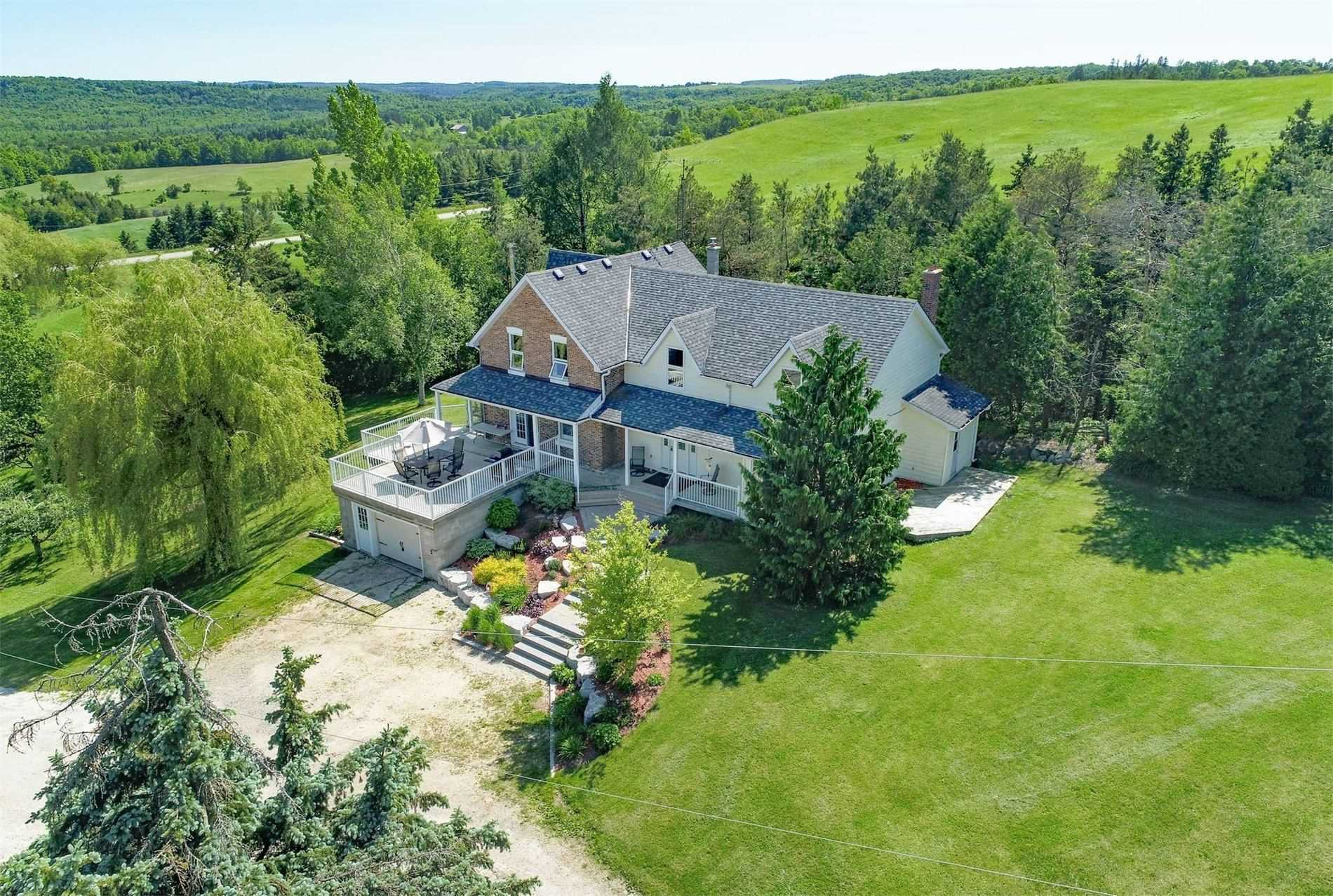 Main Photo: 587499 10 Sideroad in Mulmur: Rural Mulmur House (2-Storey) for sale : MLS®# X4818749