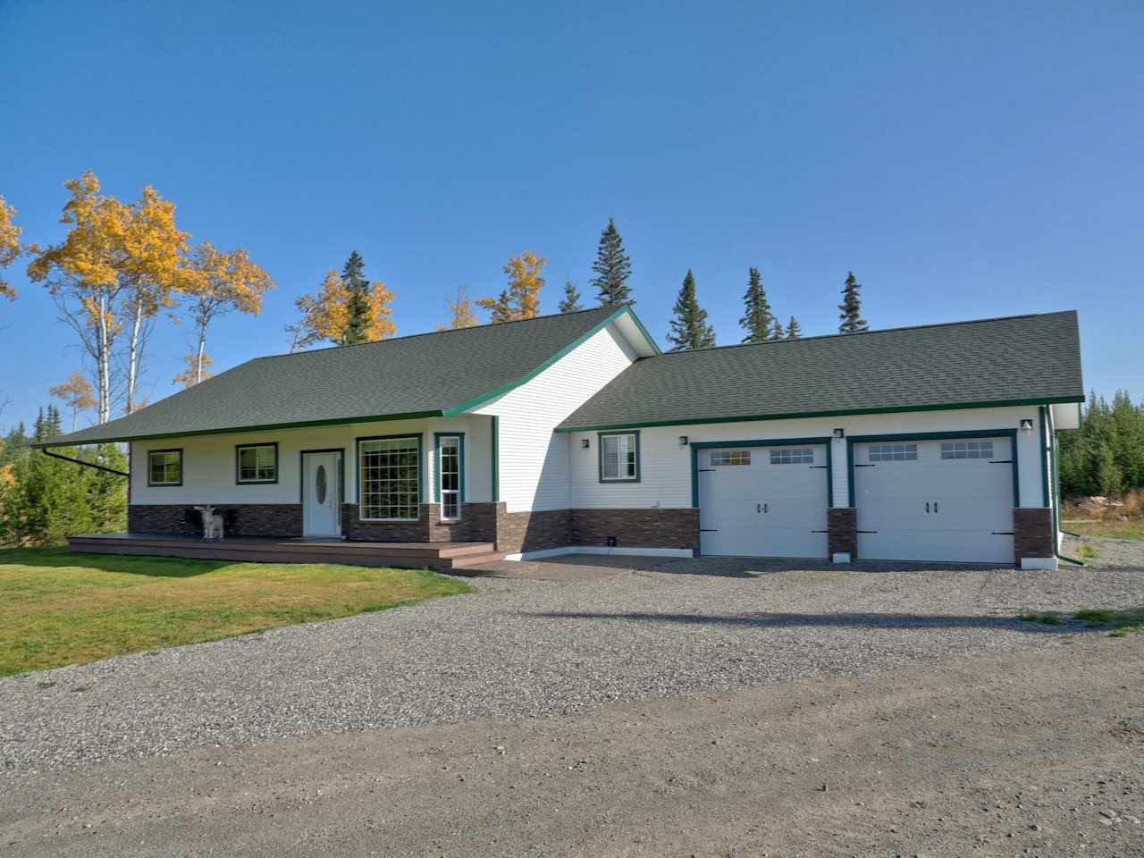 Main Photo: 6292 LITTLE FORT 24 Highway in Bridge Lake: Bridge Lake/Sheridan Lake House for sale (100 Mile House (Zone 10))  : MLS®# R2500372