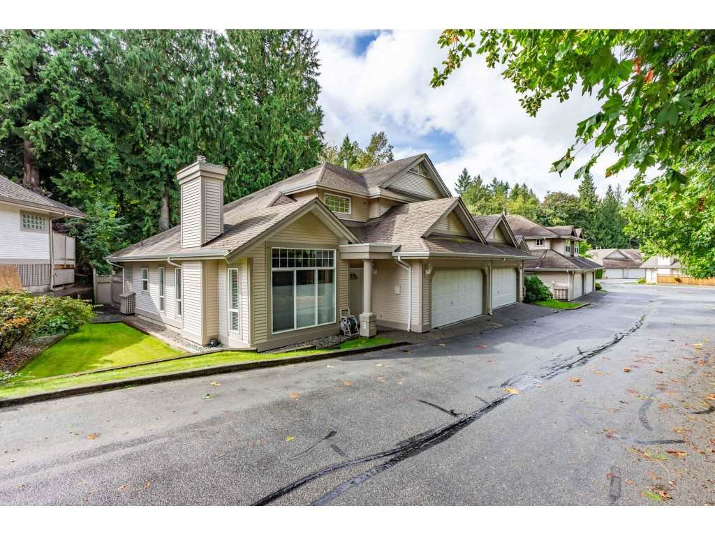 "Main Photo: 17 9025 216 Street in Langley: Walnut Grove 1/2 Duplex for sale in ""COVENTRY WOODS"" : MLS®# R2502545"