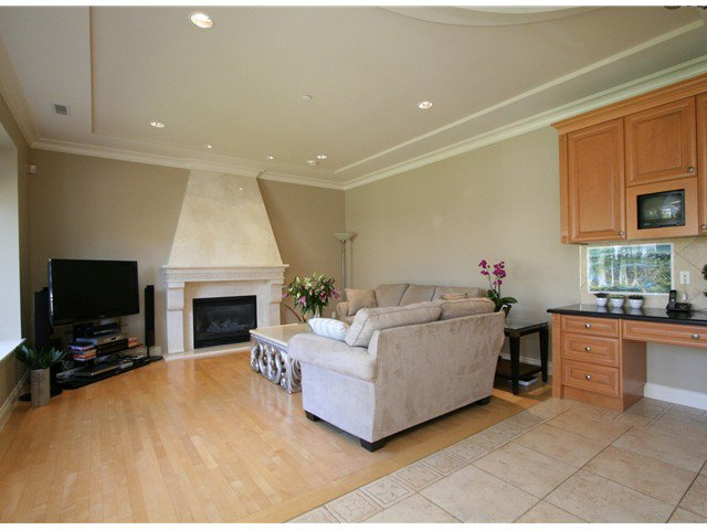 Photo 9: Photos: 1381 W 54TH Avenue in Vancouver: South Granville House for sale (Vancouver West)  : MLS®# V961726
