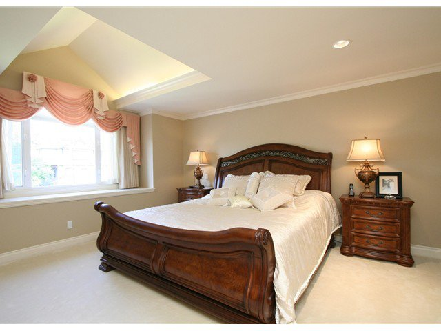 Photo 10: Photos: 1381 W 54TH Avenue in Vancouver: South Granville House for sale (Vancouver West)  : MLS®# V961726