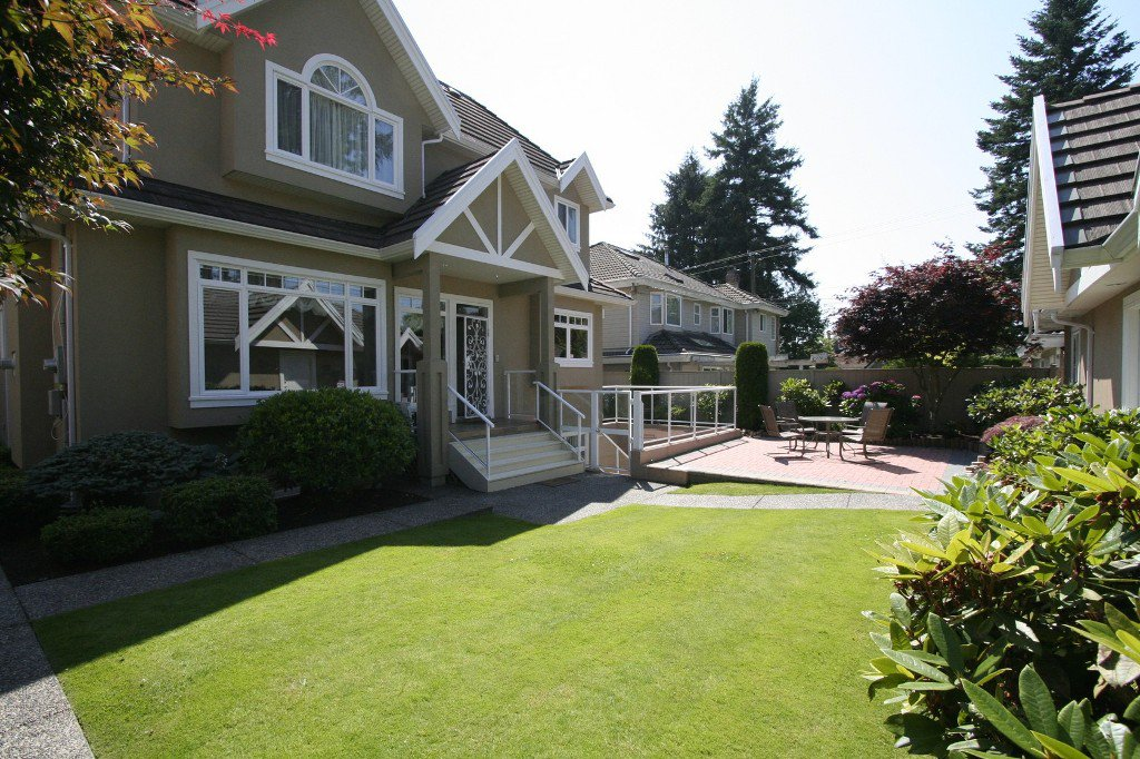 Photo 18: Photos: 1381 W 54TH Avenue in Vancouver: South Granville House for sale (Vancouver West)  : MLS®# V961726