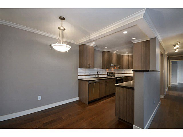 """Photo 2: Photos: 317 9101 HORNE Street in Burnaby: Government Road Condo for sale in """"WOODSTONE"""" (Burnaby North)  : MLS®# V988687"""