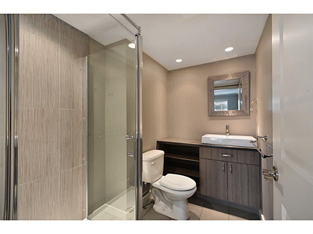 """Photo 9: Photos: 317 9101 HORNE Street in Burnaby: Government Road Condo for sale in """"WOODSTONE"""" (Burnaby North)  : MLS®# V988687"""