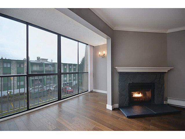 """Photo 4: Photos: 317 9101 HORNE Street in Burnaby: Government Road Condo for sale in """"WOODSTONE"""" (Burnaby North)  : MLS®# V988687"""