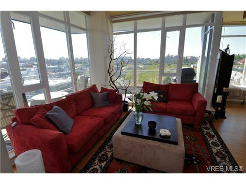 Main Photo: 307 373 Tyee Road in VICTORIA: VW Victoria West Residential for sale (Victoria West)  : MLS®# 324495