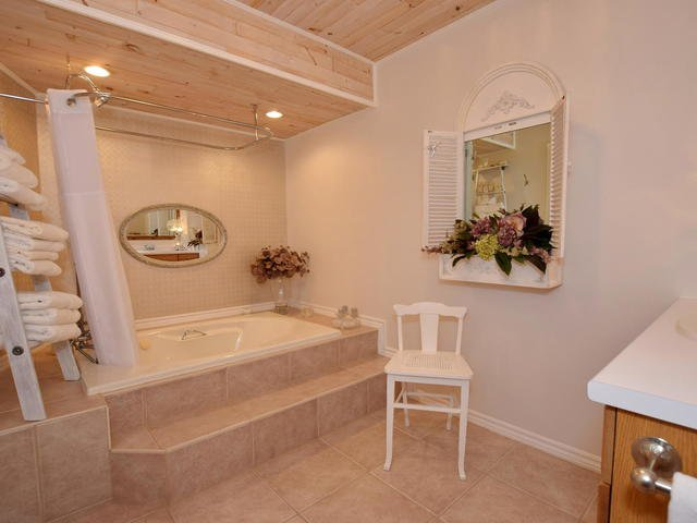 Photo 13: Photos: 108 Canal Road in Kawartha Lakes: Bolsover Freehold for sale : MLS®# X3775471