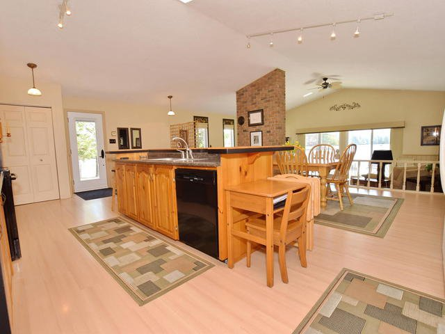 Photo 7: Photos: 108 Canal Road in Kawartha Lakes: Bolsover Freehold for sale : MLS®# X3775471