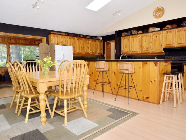 Photo 9: Photos: 108 Canal Road in Kawartha Lakes: Bolsover Freehold for sale : MLS®# X3775471