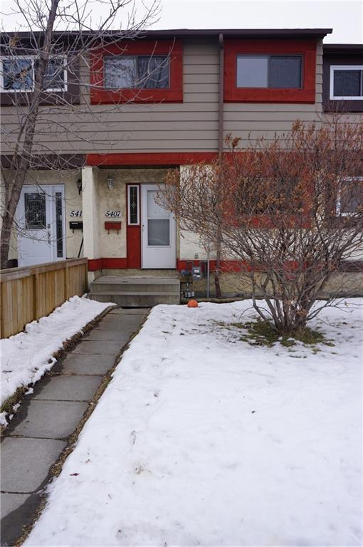 Main Photo: 5407 1 Avenue SE in Calgary: Penbrooke Meadows Row/Townhouse for sale : MLS®# C4280120