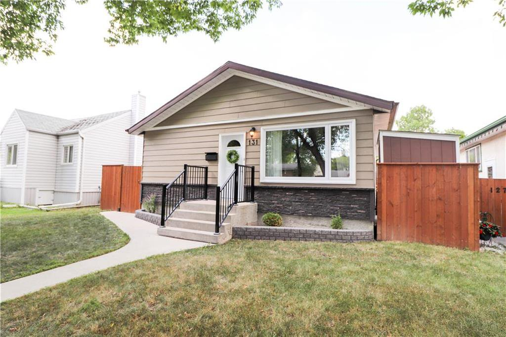 Main Photo: 131 Horton Avenue West in Winnipeg: West Transcona Residential for sale (3L)  : MLS®# 202016710