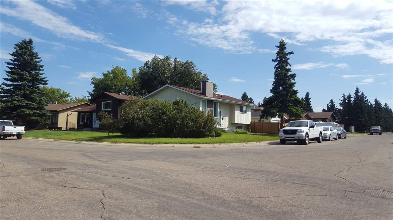 Main Photo: 2543 89 Street in Edmonton: Zone 29 House for sale : MLS®# E4211881