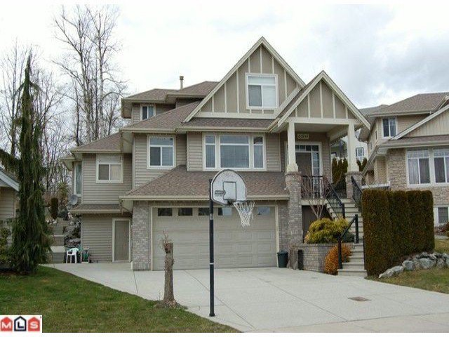 Main Photo: 31691 AMBERPOINT Place in Abbotsford: Abbotsford West House for sale : MLS®# F1211564