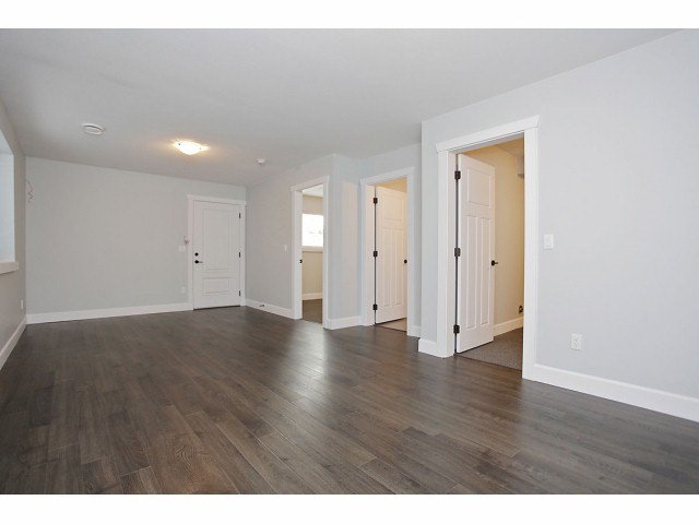 """Photo 9: Photos: 7067 196TH ST in Surrey: Clayton House for sale in """"CLAYTON"""" (Cloverdale)  : MLS®# F1307930"""