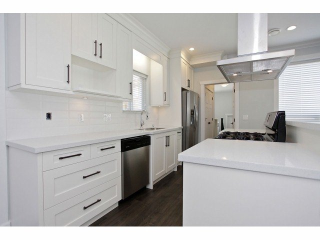 """Photo 6: Photos: 7067 196TH ST in Surrey: Clayton House for sale in """"CLAYTON"""" (Cloverdale)  : MLS®# F1307930"""