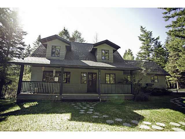 Main Photo: 105 BORLAND Drive: 150 Mile House House for sale (Williams Lake (Zone 27))  : MLS®# N227158