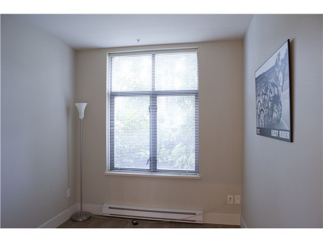 Photo 10: Photos: 3758 COMMERCIAL ST in Vancouver: Victoria VE Condo for sale (Vancouver East)  : MLS®# V1036430