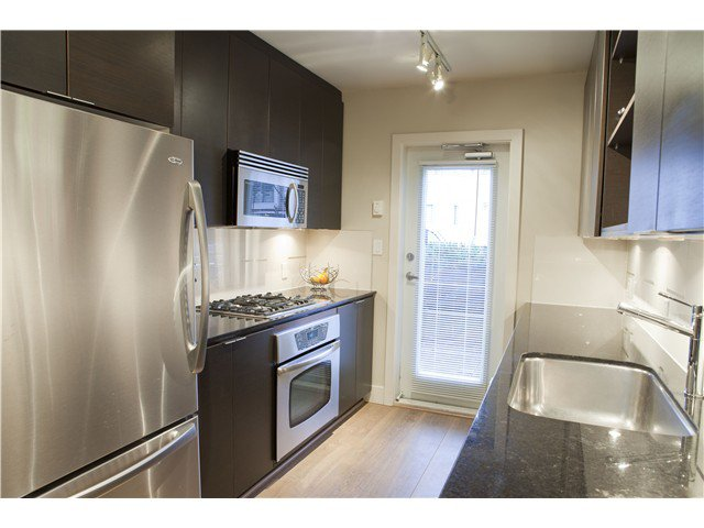 Photo 7: Photos: 3758 COMMERCIAL ST in Vancouver: Victoria VE Condo for sale (Vancouver East)  : MLS®# V1036430