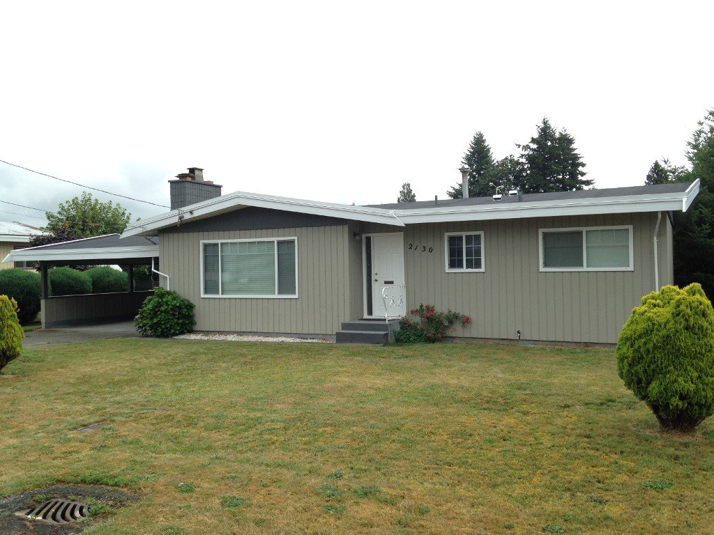 Main Photo: 2130 Sandalwood Crescent in Abbotsford: Central Abbotsford House for rent