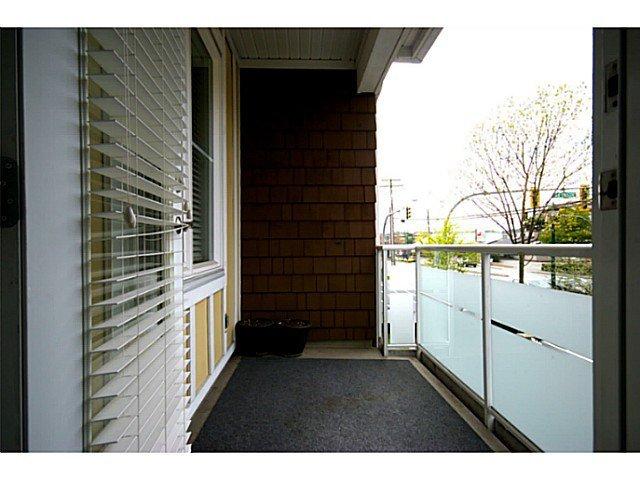 Photo 7: Photos: # 205 1375 VIEW RD in Tsawwassen: Beach Grove Condo for sale : MLS®# V1104933