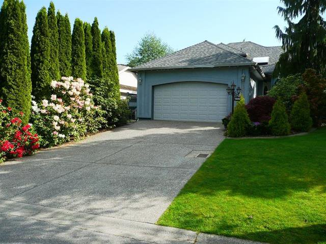 Main Photo: 13470 60 A Avenue in Surrey: Panorama Ridge House for sale : MLS®# R2059077