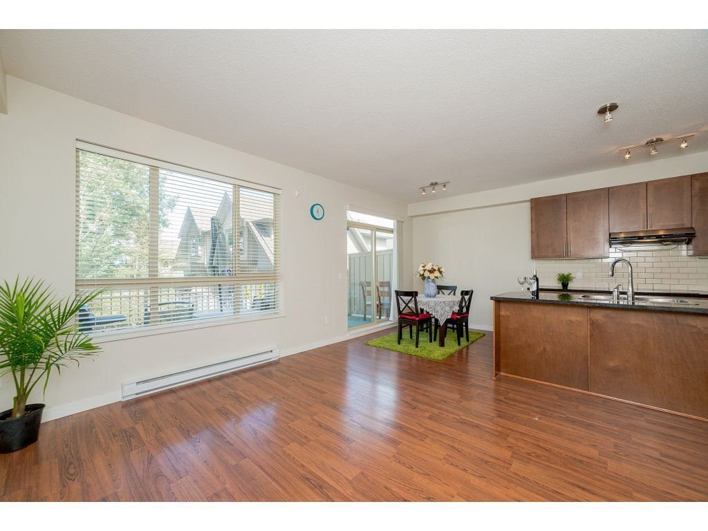 Photo 11: Photos: 26 2738 158 STREET in Surrey: Grandview Surrey Townhouse for sale (South Surrey White Rock)  : MLS®# R2258929
