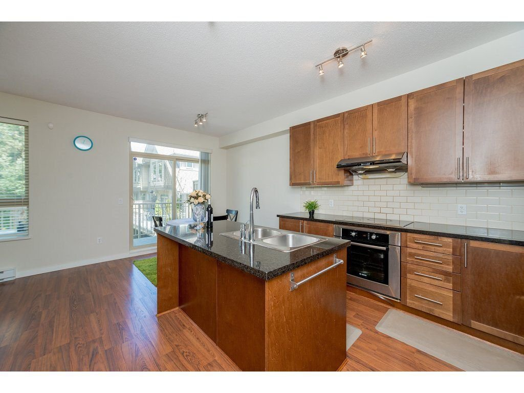 Photo 7: Photos: 26 2738 158 STREET in Surrey: Grandview Surrey Townhouse for sale (South Surrey White Rock)  : MLS®# R2258929
