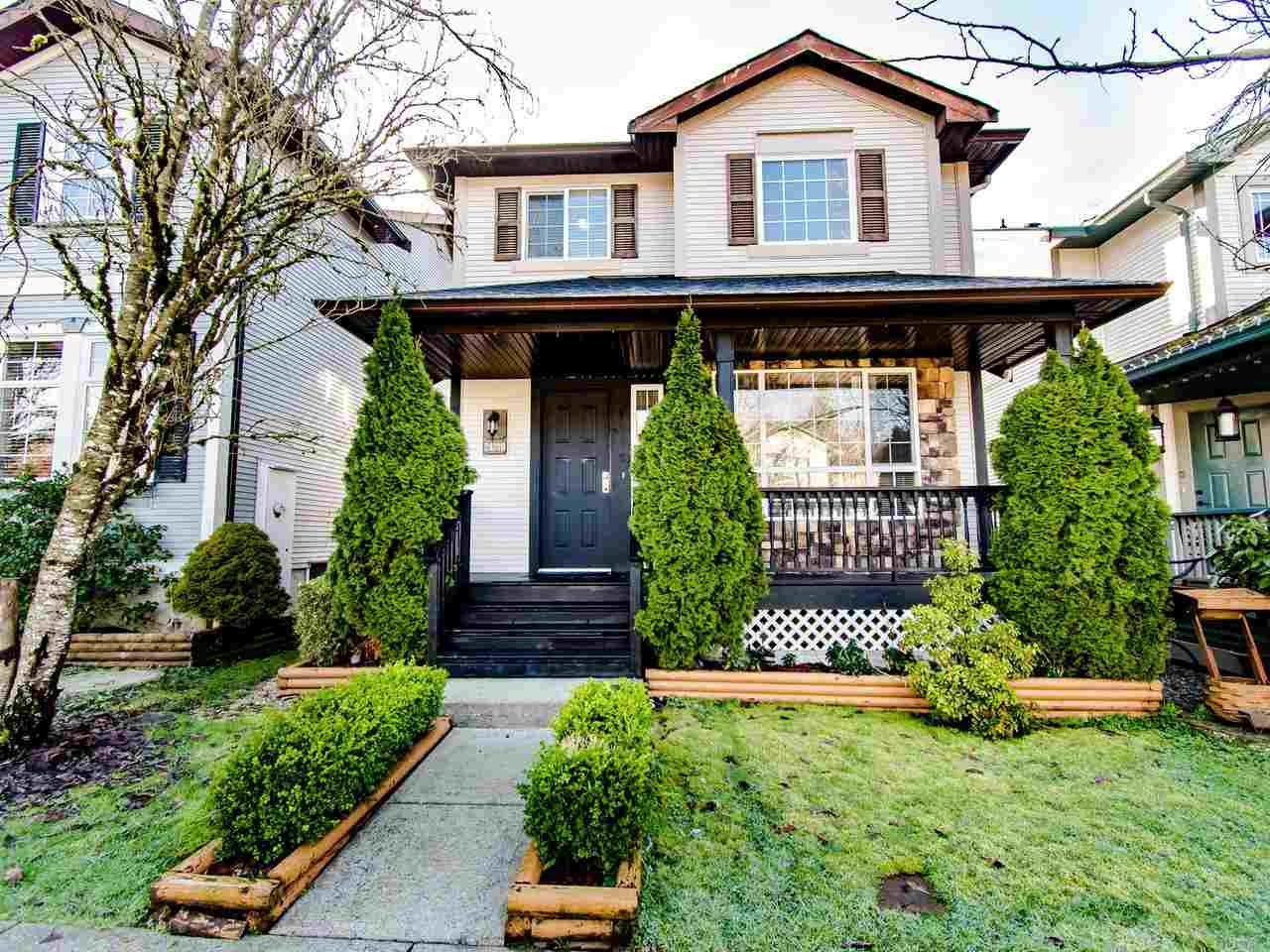 """Main Photo: 24370 101 Avenue in Maple Ridge: Albion House for sale in """"COUNTRY LANE"""" : MLS®# R2435644"""