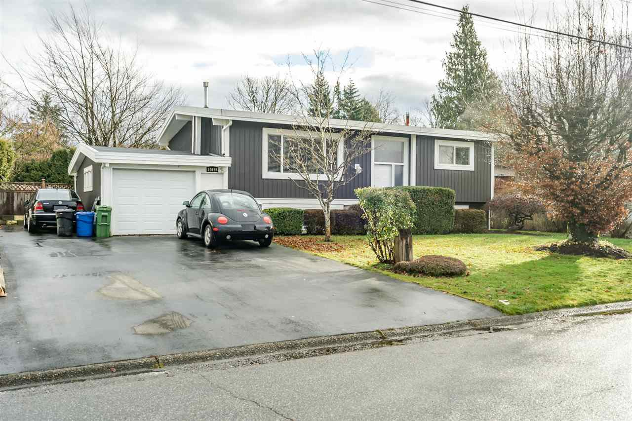 Main Photo: 10166 BEVERLEY Drive in Chilliwack: Fairfield Island House for sale : MLS®# R2527430