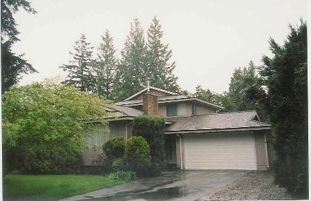 Main Photo: Family Home, 0.22 Acre Lot, Inground Pool