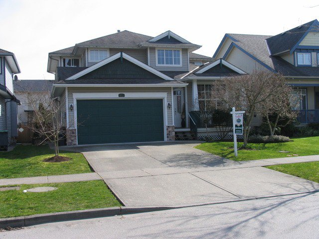 "Main Photo: 6238 167A ST in Surrey: Cloverdale BC House for sale in ""CLOVER RIDGE"" (Cloverdale)  : MLS®# F1307100"