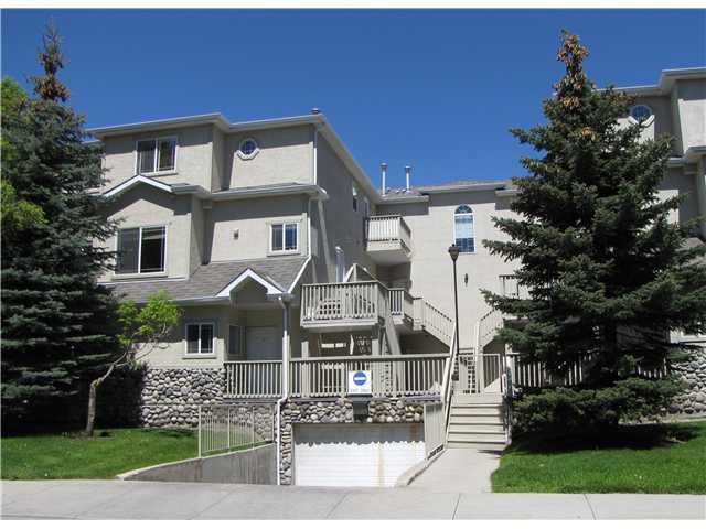 Main Photo: 207 628 56 Avenue SW in CALGARY: Windsor Park Townhouse for sale (Calgary)  : MLS®# C3571929