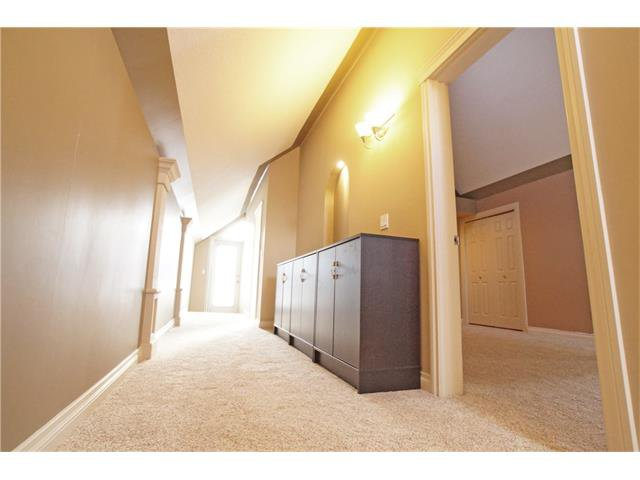 Photo 33: Photos: 1005 1 AV NW in Calgary: Sunnyside House for sale : MLS®# C4042882