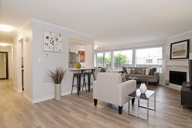 Main Photo: 1041 OLD LILLOOET ROAD in North Vancouver: Lynnmour Condo for sale : MLS®# R2057274