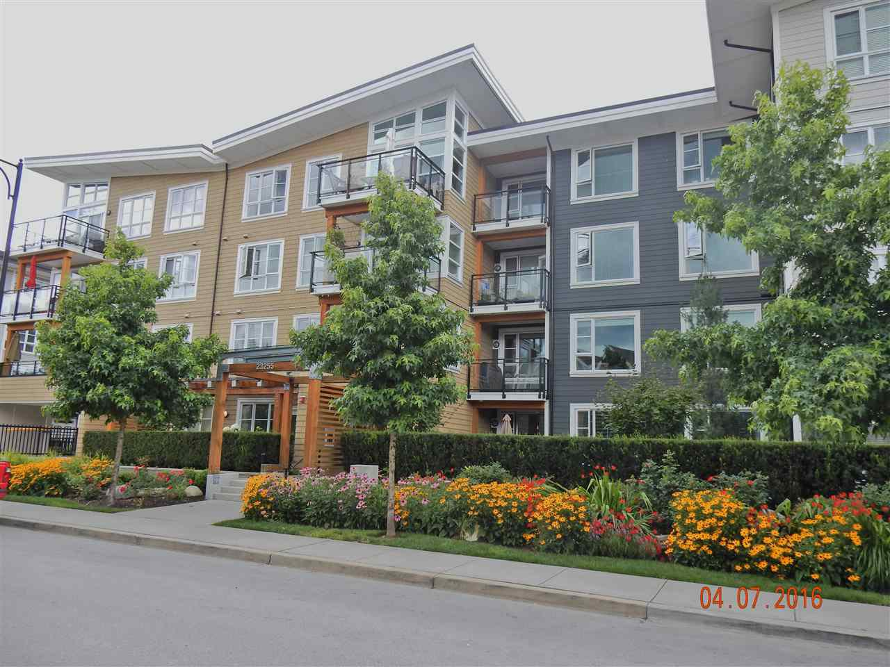 Main Photo: 202 23255 BILLY BROWN ROAD in Langley: Fort Langley Condo for sale : MLS®# R2088862